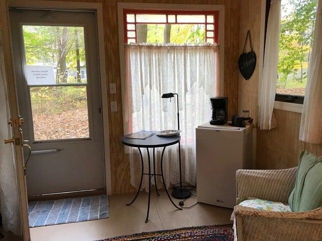 Inside Artist cabin 1